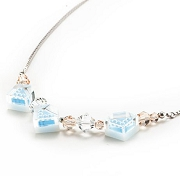 Necklace_Parel_Iceblue1.jpg