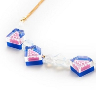 Necklace_Parel_Bluepink1.jpg